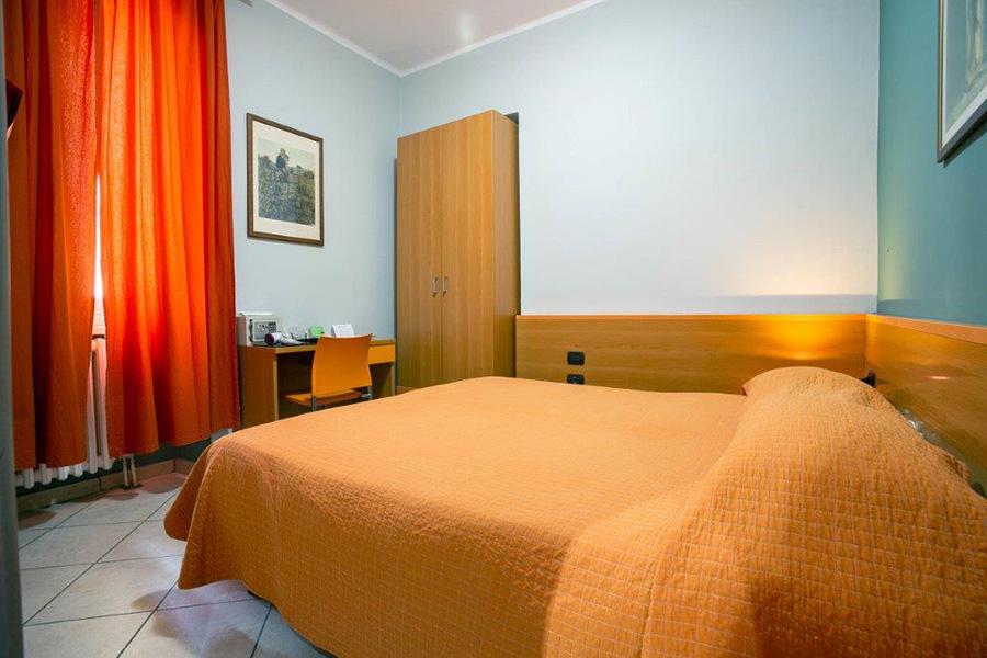Camera Matrimoniale Per Uso Singolo.Camera Matrimoniale Camera Doppia Uso Singola Hotel Albergo Milano